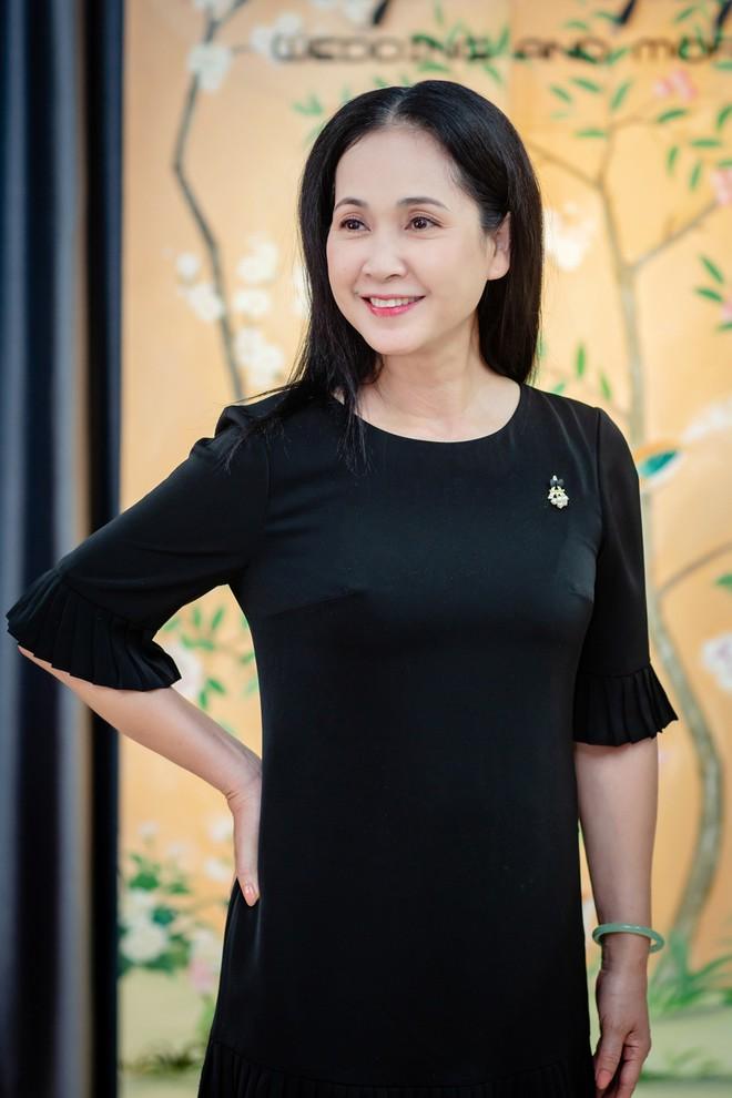 Sau 30 năm chung sống, vợ chồng NSND Lan Hương - Đỗ Kỷ ngày càng tình cảm - Ảnh 9.