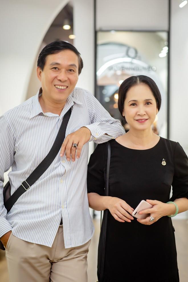 Sau 30 năm chung sống, vợ chồng NSND Lan Hương - Đỗ Kỷ ngày càng tình cảm - Ảnh 5.