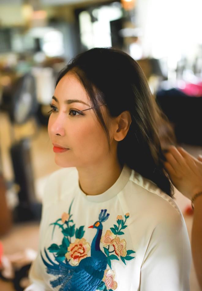 Hà Kiều Anh khoe nhan sắc trẻ đẹp sau 26 năm đăng quang hoa hậu - Ảnh 3.