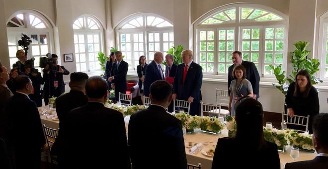 Lãnh đạo Mỹ - Triều thưởng thức bữa trưa lịch sử, thực đơn có cơm rang Dương Châu - Ảnh 1.