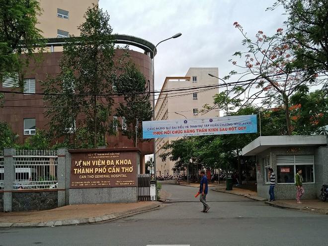 Ba nhân viên y tế có biểu hiện lây nhiễm cúm A/H1N1 - Ảnh 1.