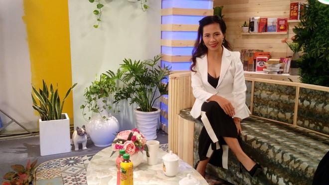 Nhà văn Trang Hạ bật mí cách nuôi 3 con nhàn tênh, chị em phụ nữ hào hứng: Hóa ra là vậy! - ảnh 1