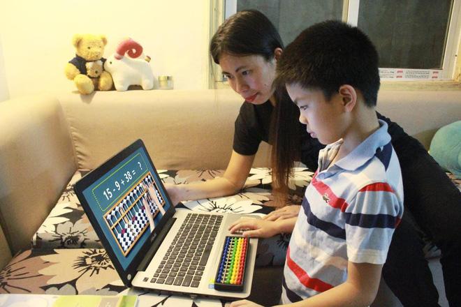 Nhà văn Trang Hạ bật mí cách nuôi 3 con nhàn tênh, chị em phụ nữ hào hứng: Hóa ra là vậy! - Ảnh 2.