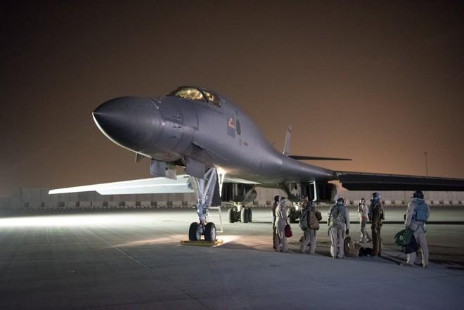 Syria: Chiến địa thử lửa những loại vũ khí hiện đại nhất của các siêu cường quân sự - Ảnh 3.