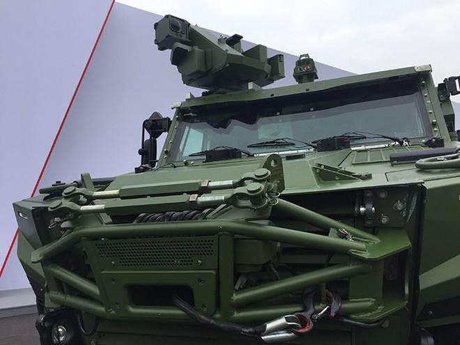 Vì sao Nga và Trung Quốc không mang vũ khí nào tới triển lãm quốc phòng ở Paris? - Ảnh 2.