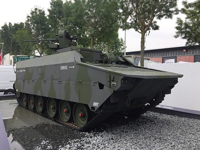 Vì sao Nga và Trung Quốc không mang vũ khí nào tới triển lãm quốc phòng ở Paris? - ảnh 5