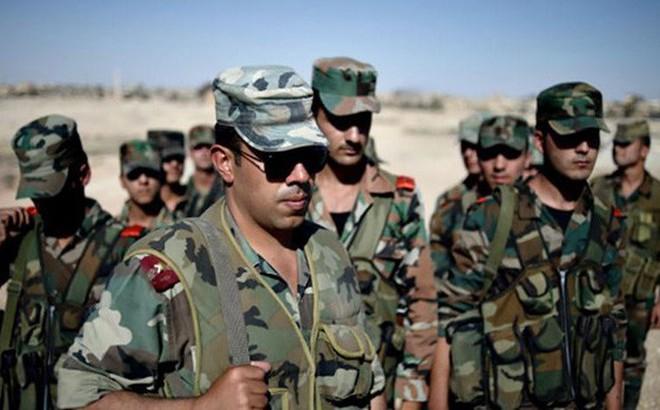 """Khủng bố từ chối đàm phán, quân Syria lập tức tăng quân tới """"Tam giác chết"""""""