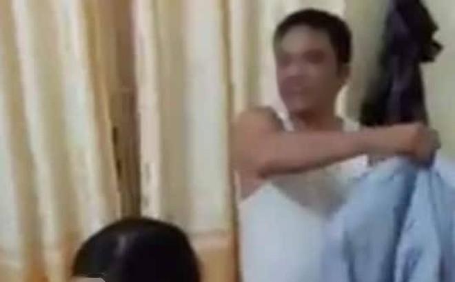 Trưởng công an xã vào nhà nghỉ với vợ bạn thân bị đề nghị cách chức