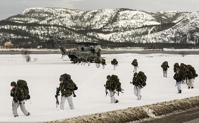Lại thêm một nước châu Âu mời quân Mỹ đổ bộ: E sợ Nga động binh?