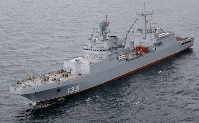 Hải quân Nga sẽ nhận tàu đổ bộ Ivan Gren vào cuối tháng 6