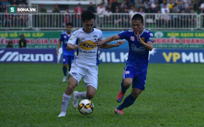 Ngược dòng thắng HAGL, HLV Quảng Nam chỉ ra điểm yếu của đội bóng bầu Đức