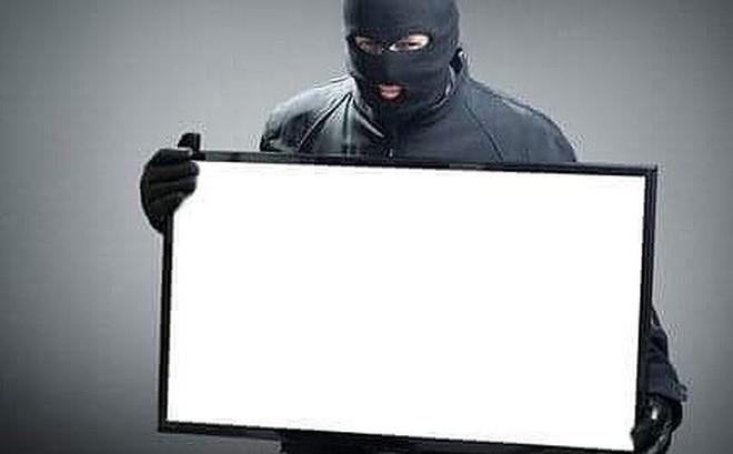 Lẻn vào nhà dân trộm 2 chiếc tivi màn hình phẳng để xem World Cup
