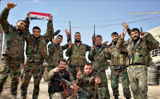 Quân đội Syria tiến công mãnh liệt, quyết kết liễu IS trên sa mạc Sweida