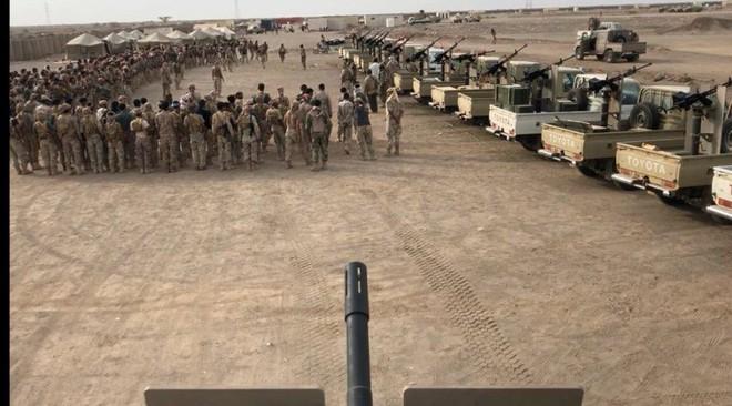 Houthi nã tên lửa, liên quân Saudi Arabia dồn tổng lực tấn công: Trận chiến sinh tử? - Ảnh 1.