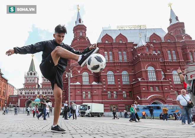 Cổ động viên ùn ùn chờ khai mạc, World Cup 2018 giúp FIFA thu tiền kỷ lục - Ảnh 5.