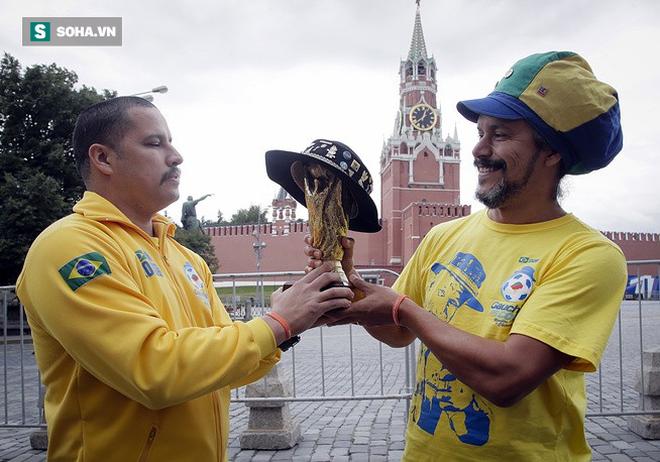 Cổ động viên ùn ùn chờ khai mạc, World Cup 2018 giúp FIFA thu tiền kỷ lục - Ảnh 8.