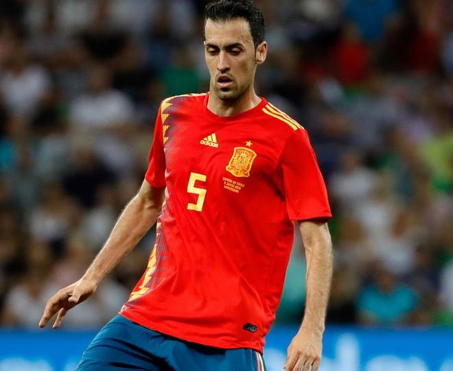 Hierro xếp đội hình TBN đối đầu Bồ Đào Nha: Chỉ có 2 cầu thủ Real Madrid? - Ảnh 6.