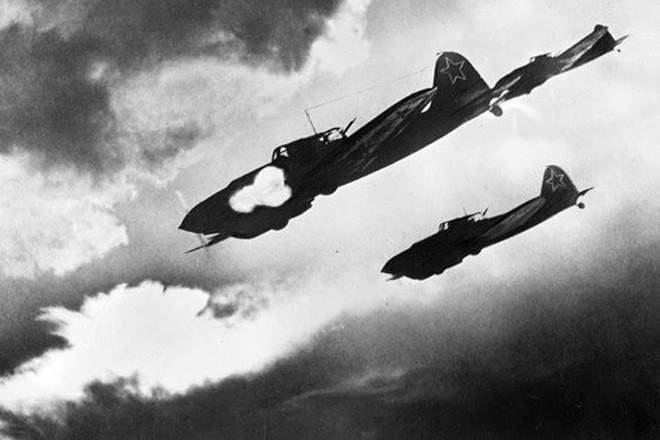 Ảnh: 10 máy bay quân sự từng khuynh đảo bầu trời thời chiến - Ảnh 9.