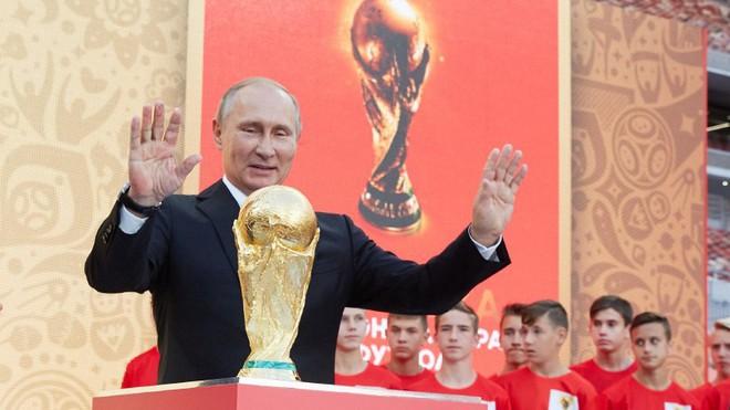 Tổng thống Putin và hơn 20 nhà lãnh đạo cấp cao dự lễ khai mạc World Cup 2018 - Ảnh 1.