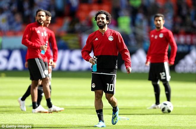 Suarez ở tận cùng thất vọng, Salah đã nở nụ cười nhưng sau tất cả Uruguay lại được ăn mừng 3