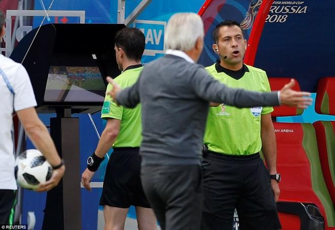 Cần đến 2 'người bạn', Pogba mới giúp tuyển Pháp vật vã bước qua nổi trận khai màn 4