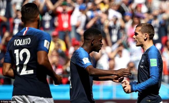 Cần đến 2 'người bạn', Pogba mới giúp tuyển Pháp vật vã bước qua nổi trận khai màn 18