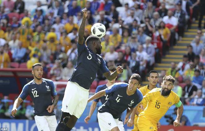 Cần đến 2 'người bạn', Pogba mới giúp tuyển Pháp vật vã bước qua nổi trận khai màn 2
