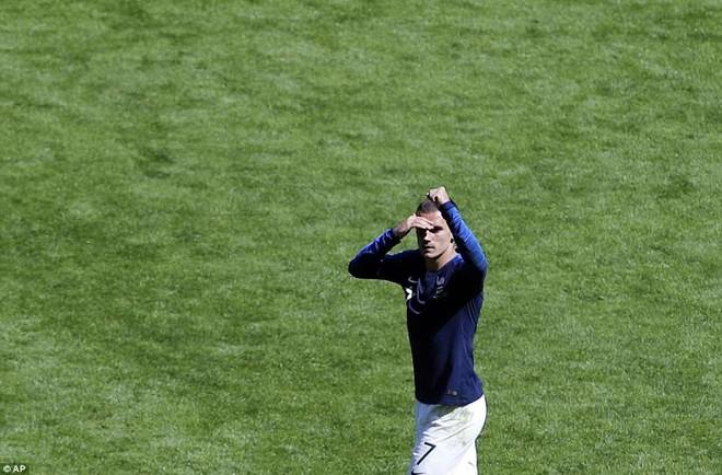 Cần đến 2 'người bạn', Pogba mới giúp tuyển Pháp vật vã bước qua nổi trận khai màn 21