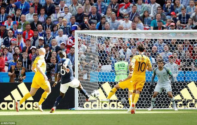 Cần đến 2 'người bạn', Pogba mới giúp tuyển Pháp vật vã bước qua nổi trận khai màn 24