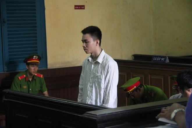 Bị tuyên án tử, kẻ giết bạn tình đồng tính xin được ôm người thân lần cuối 1