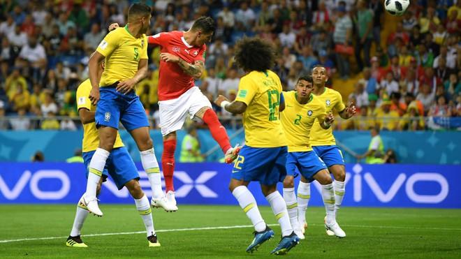 Tự ru ngủ chính mình, Brazil gây thất vọng não nề ngày ra mắt 2
