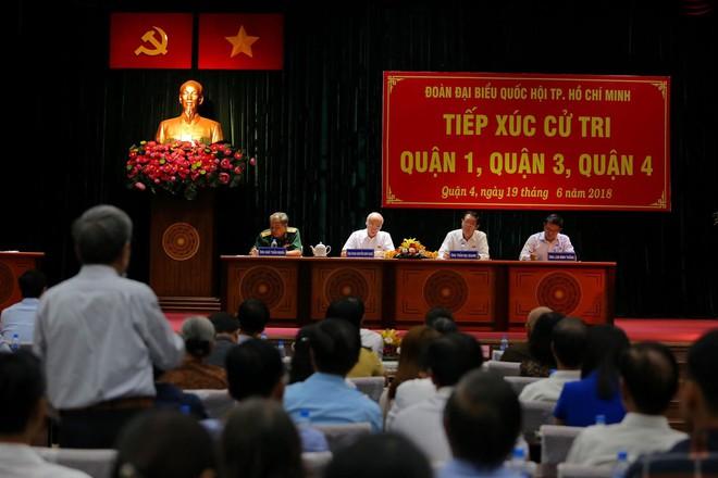 Chủ tịch nước: Có nhiều phần tử xấu lợi dụng Luật Đặc khu, An ninh mạng để kích động gây rối ở Bình Thuận  - Ảnh 2.