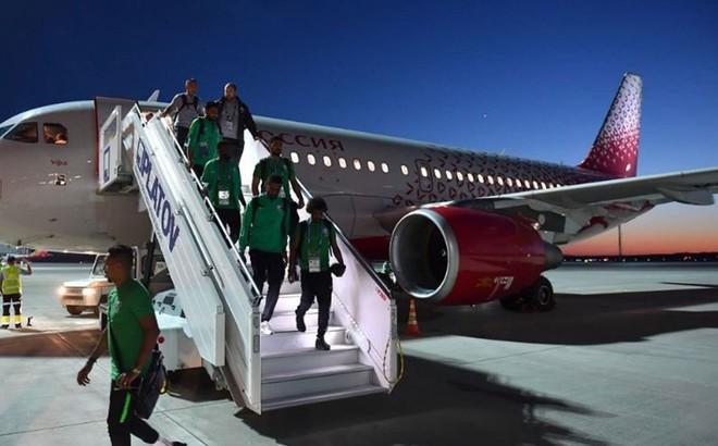 Đội tuyển bóng đá quốc gia Saudi Arabia đến thành phố Rostov-on-Don an toàn. Ảnh: Twitter.