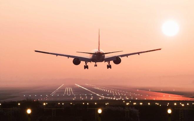 Bạn sẽ bất ngờ khi biết tại sao máy bay thường bay cao hơn đỉnh Everest - Ảnh 4.