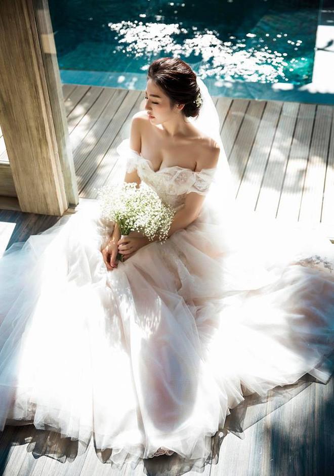 Á hậu Tú Anh chính thức lên tiếng về chuyện kết hôn, công khai ảnh chồng sắp cưới - Ảnh 3.