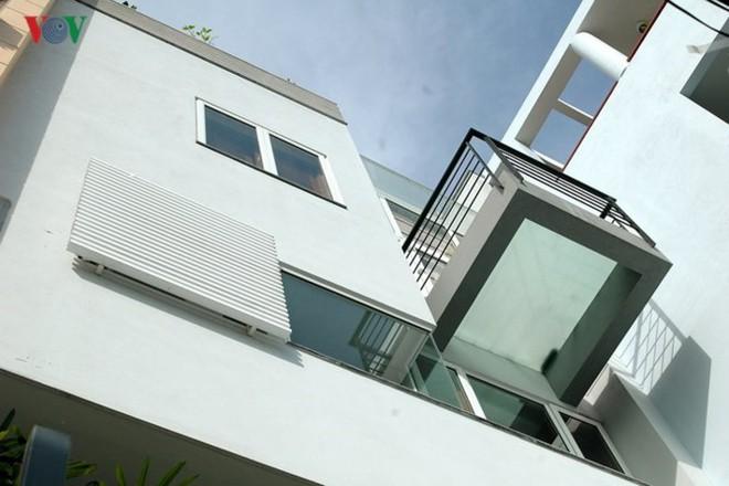 Ngôi nhà phố có không gian thoáng đãng - Ảnh 3.