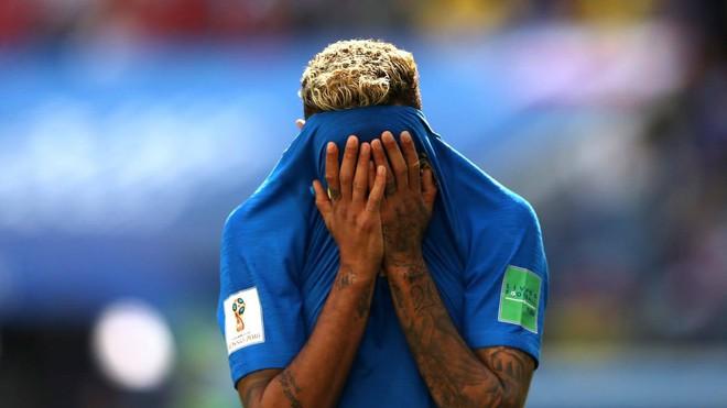 Kiên cường đến tận phút cuối cùng, Costa Rica khiến Neymar khóc như trẻ con khi hết trận 1