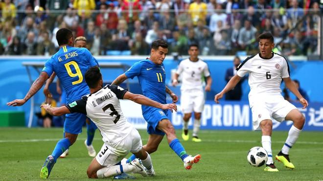 Kiên cường đến tận phút cuối cùng, Costa Rica khiến Neymar khóc như trẻ con khi hết trận 6