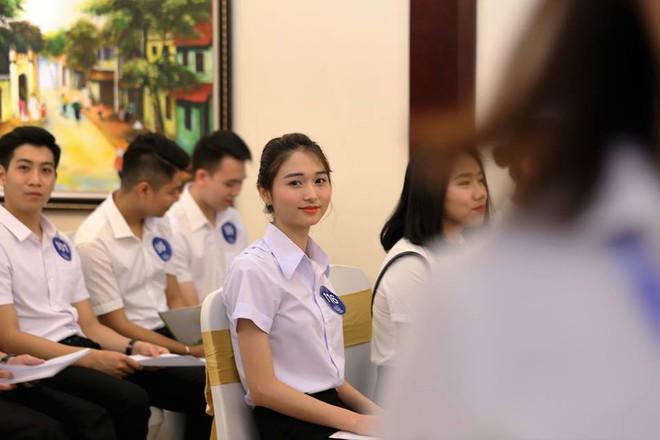 Cận cảnh nhan sắc dàn thí sinh thi tuyển cho hãng hàng không của tỷ phú Trịnh Văn Quyết - Ảnh 4.