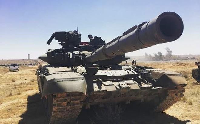 Tăng T-90 yểm trợ đặc nhiệm Syria rầm rập tiến về phía Tây Nam: Trận quyết chiến khai cuộc 2