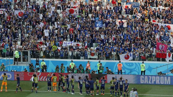 Nghịch lý: Giành vé vòng 1/8 nhờ fair-play, Nhật Bản bị chính CĐV nhà la ó vì chơi xấu - Ảnh 2.