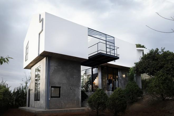 Ngôi nhà trên sườn đồi Đà Lạt của nhiếp ảnh gia Việt đẹp không tì vết trên báo Mỹ - Ảnh 12.