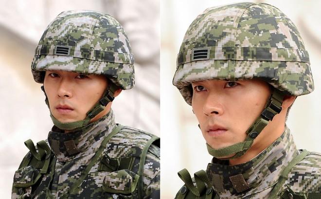 Dàn mỹ nam xứ Hàn khi vào quân ngũ: Người đẹp xuất sắc như đóng phim, kẻ xập xệ đến mức khó nhận ra - ảnh 8