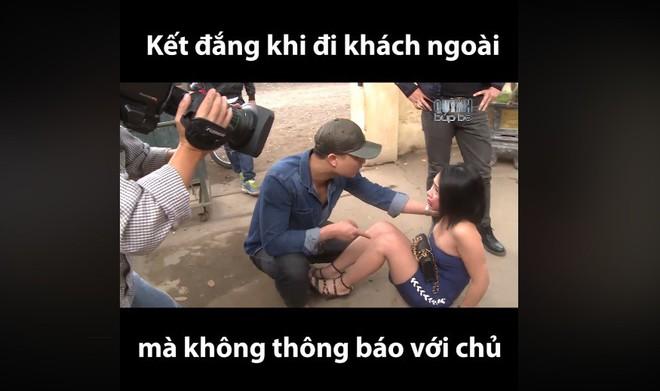 Phim Quỳnh búp bê: Diễn viên mặc hớ hênh, lộ nội y - Ảnh 3.
