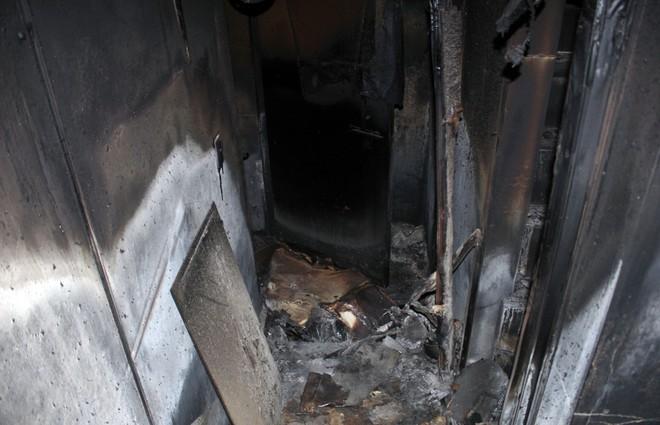 Cận cảnh bên trong căn hầm ẩn nấp của trùm ma túy trốn truy nã ở Lóng Luông - Ảnh 6.