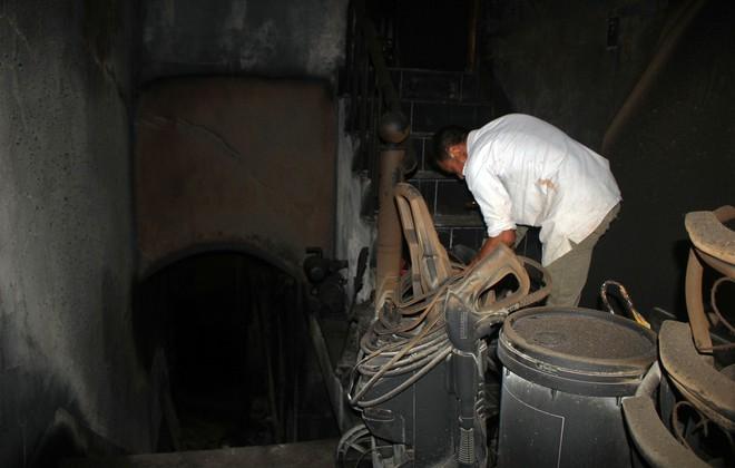 Cận cảnh bên trong căn hầm ẩn nấp của trùm ma túy trốn truy nã ở Lóng Luông - Ảnh 5.