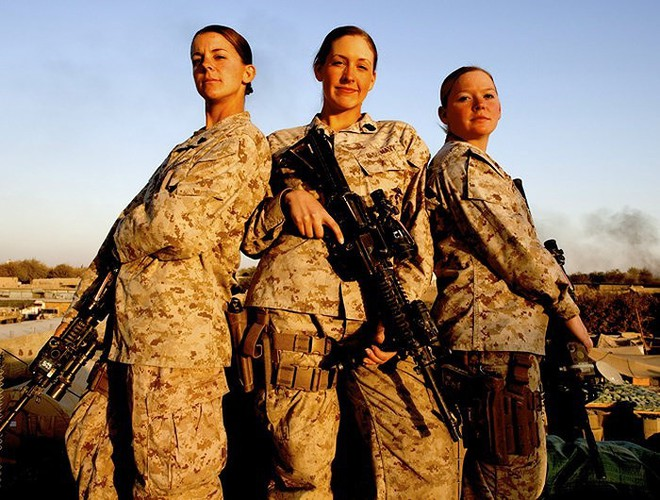 [ẢNH] Nỗi sợ hãi của một số nữ binh sĩ Mỹ không phải là kẻ thù mà là chính nam đồng nghiệp - Ảnh 15.