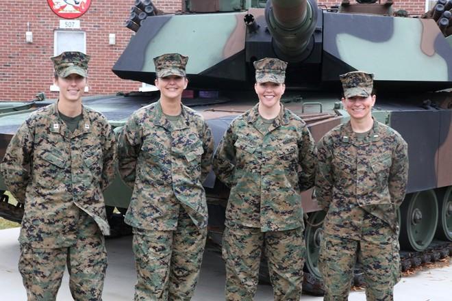 [ẢNH] Nỗi sợ hãi của một số nữ binh sĩ Mỹ không phải là kẻ thù mà là chính nam đồng nghiệp - Ảnh 26.