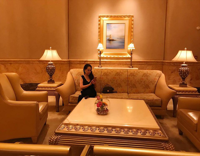 Dung nhan mẹ đẻ giàu có, sành điệu, thích du lịch khắp thế giới của diễn viên lùn nhất VN - Ảnh 13.