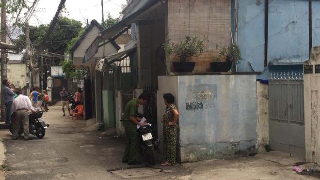 Tình tiết chưa biết về vụ giết bạn gái dã man rồi ôm ngủ 8 tiếng ở Sài Gòn - Ảnh 2.